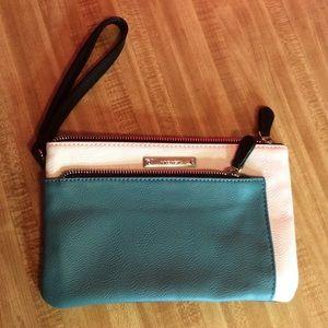 Nine West wristlet wallet